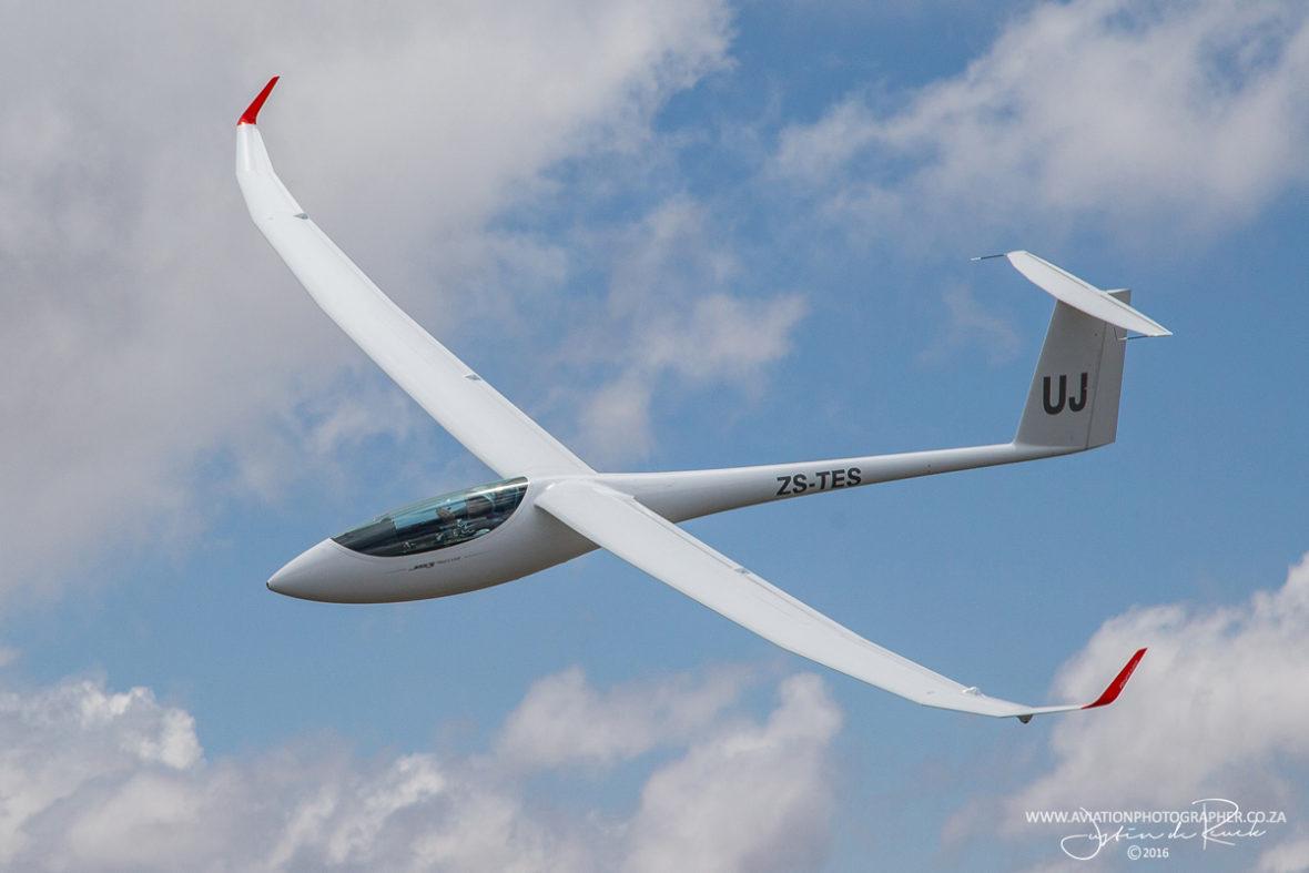 JS3 airborne.